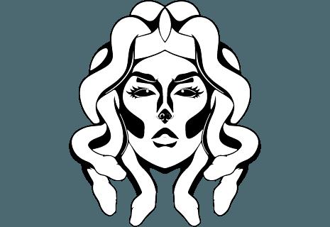 Outside Big Burger & Pizza