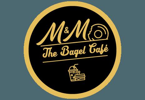 M&M Bagel/sandwich og juice